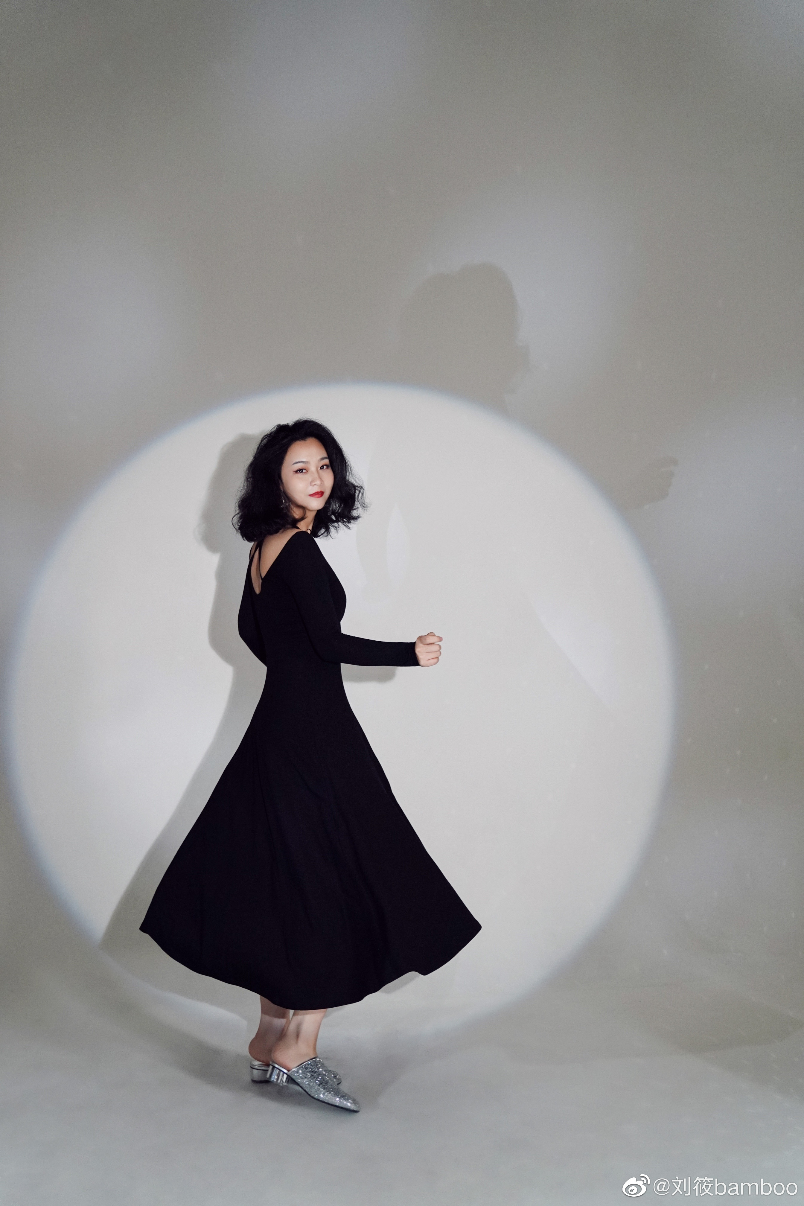 公主日记今晚准备发布第一支视频...美女