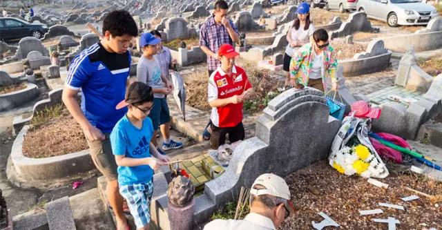 清明禁忌:带孩子扫墓要注意什么?