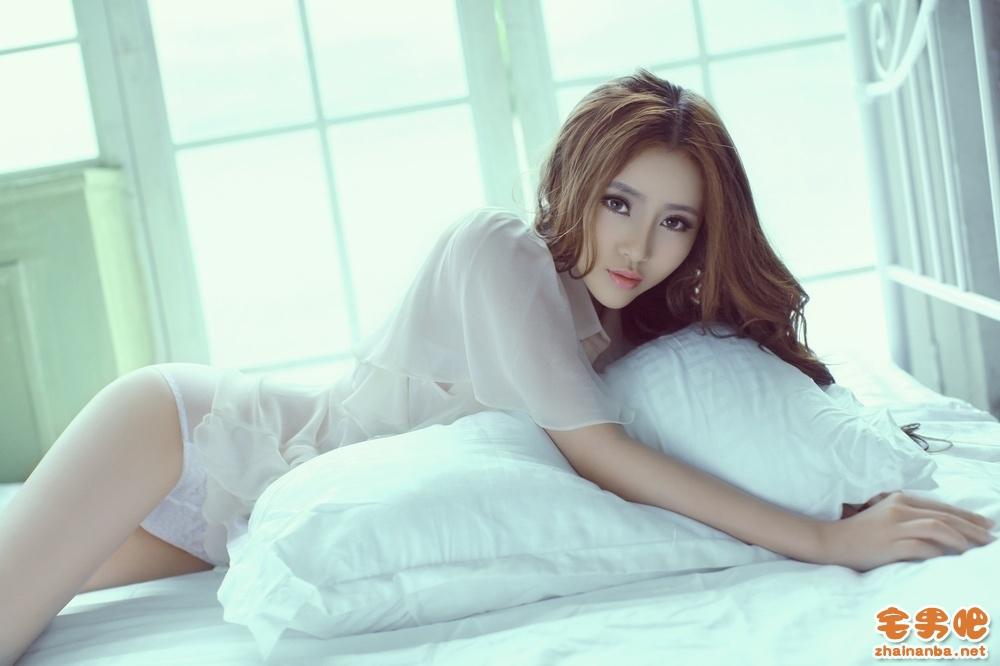 Showgirl美女杨雅熙微博生活自拍照,曾获得某模特大赛最佳形体奖[720P]