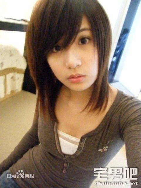 作品大全:CWM-087 秋元美由 希内あんな 18歳・微乳レズビアン