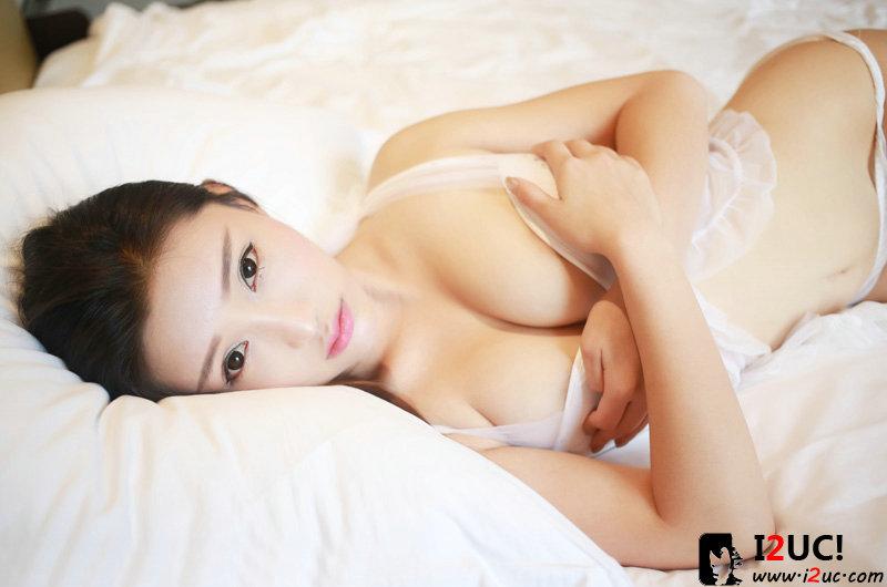 徐子琦酥胸销魂美艳私房写真[21P]