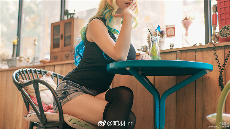 传说中的大奶露科亚![31P]