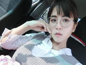 Facebook上看到的一个泰国大奶美女