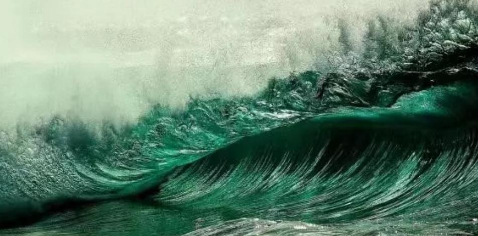 巨浪三叠:捕捉未来的蛛丝马迹 涨姿势 第1张
