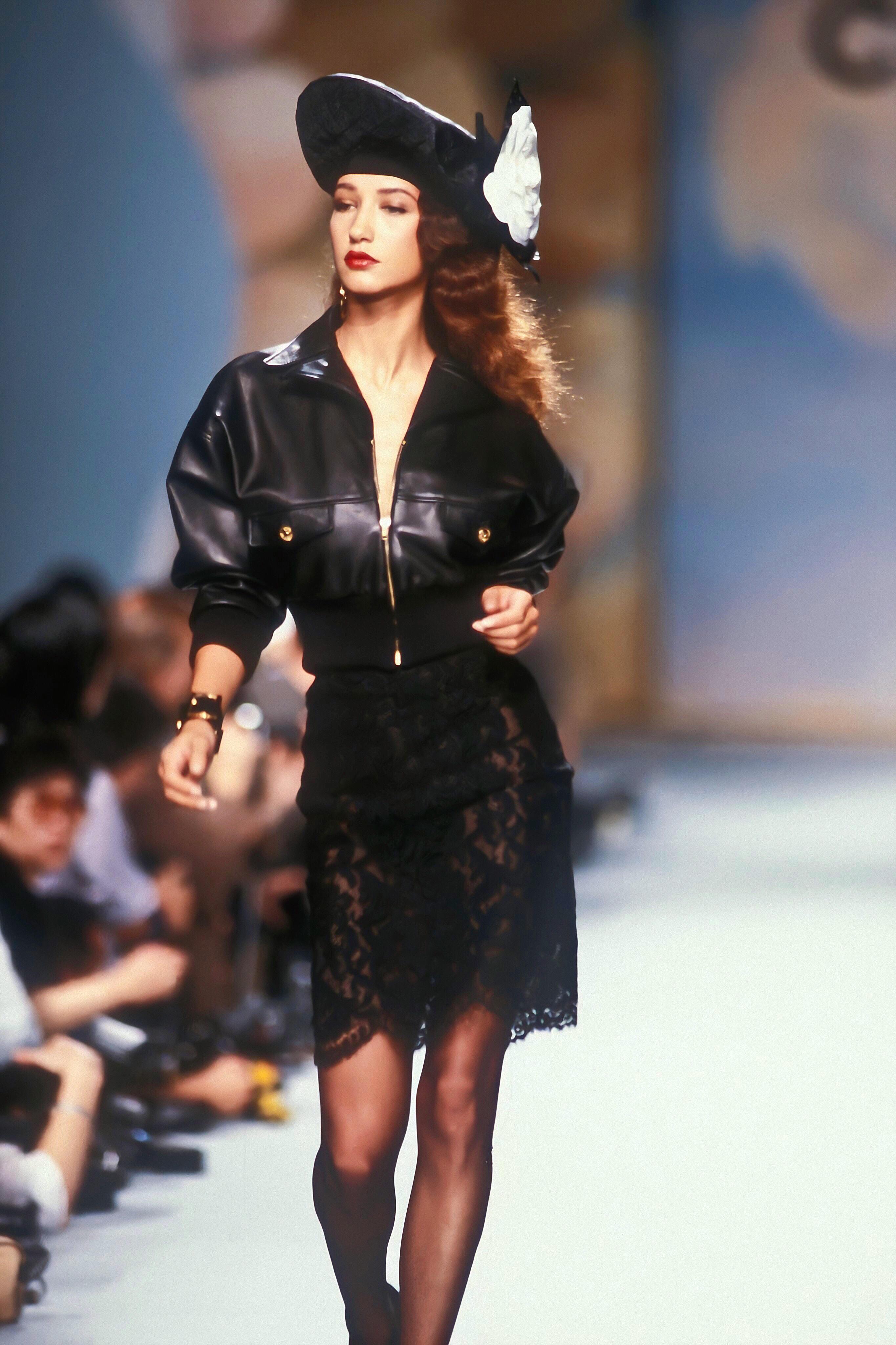 Chanel S/S 1988,是香奈儿1988年的一场秀,上世纪八十年代-前方高能