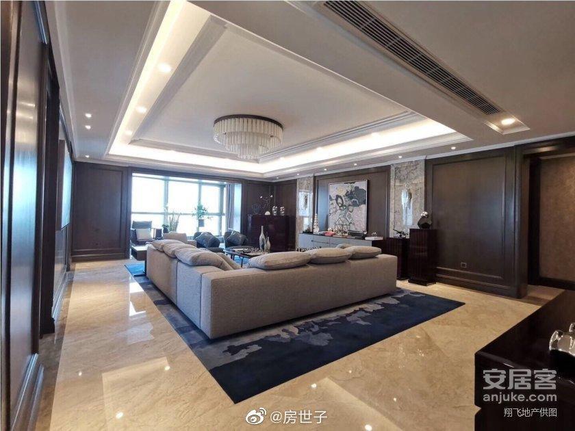 李佳琦是怎么红的?李佳琦1.3个亿买上海顶楼复式豪宅 liuliushe.net六六社 第1张