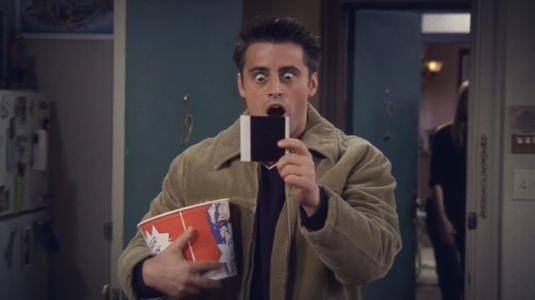 《老友记》里面为什么大家都随意吃喝用 Monica 家里的东西? 趣事儿 第1张