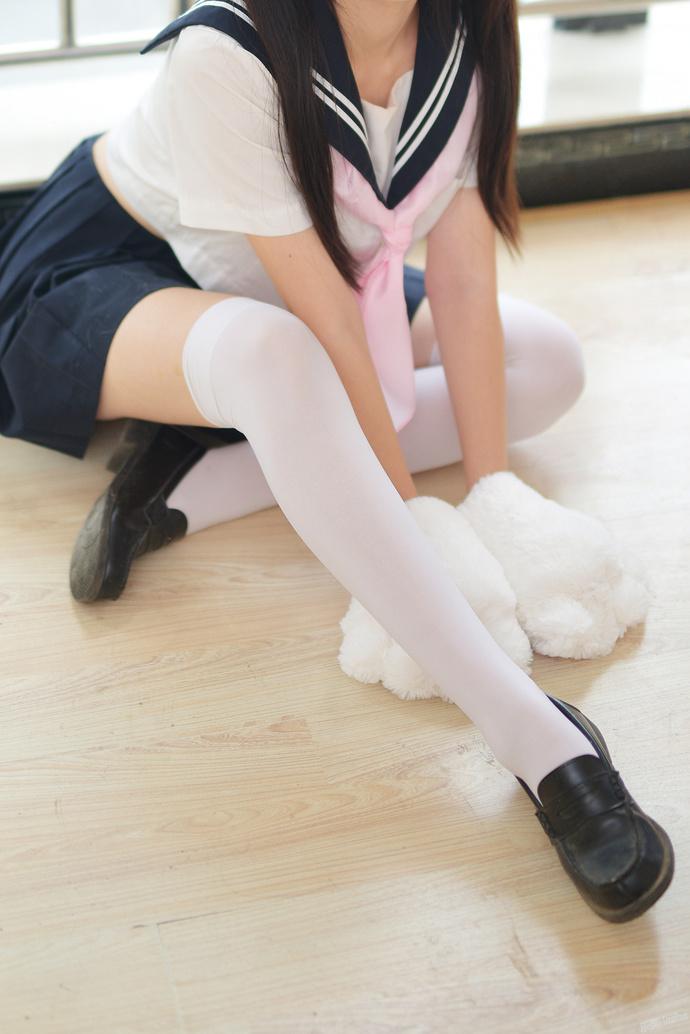 狐耳白丝双马尾 JK 少女写真 清纯丝袜
