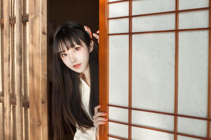 北斋和服少女
