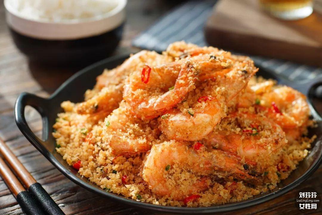 避风塘香酥虾的做法 香到让你连虾壳都吃完!11