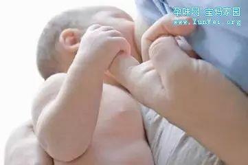 母乳喂养十大误区,总有一条戳中你!