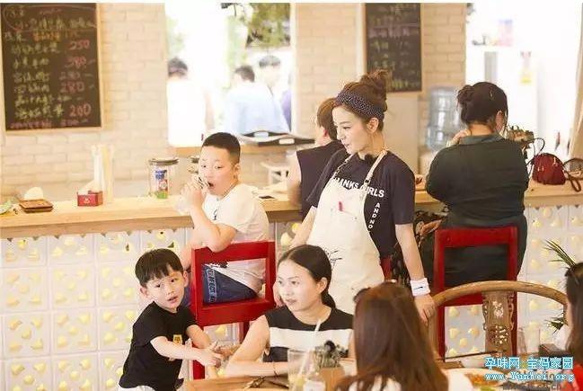 赵薇:教育孩子,不能太把孩子当回事