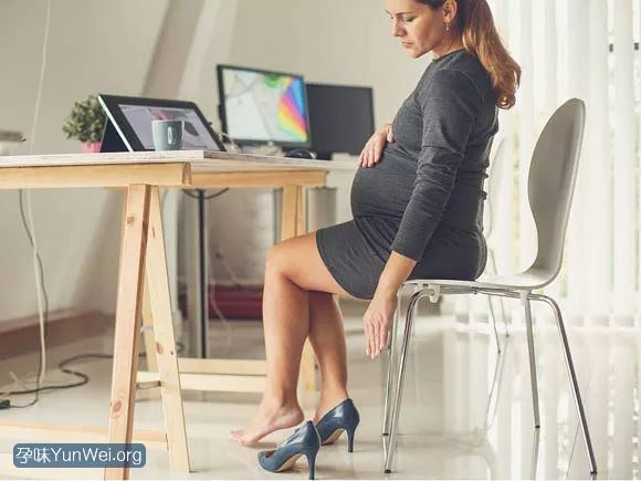 孕妇鞋怎么选?考虑这些因素选出好鞋