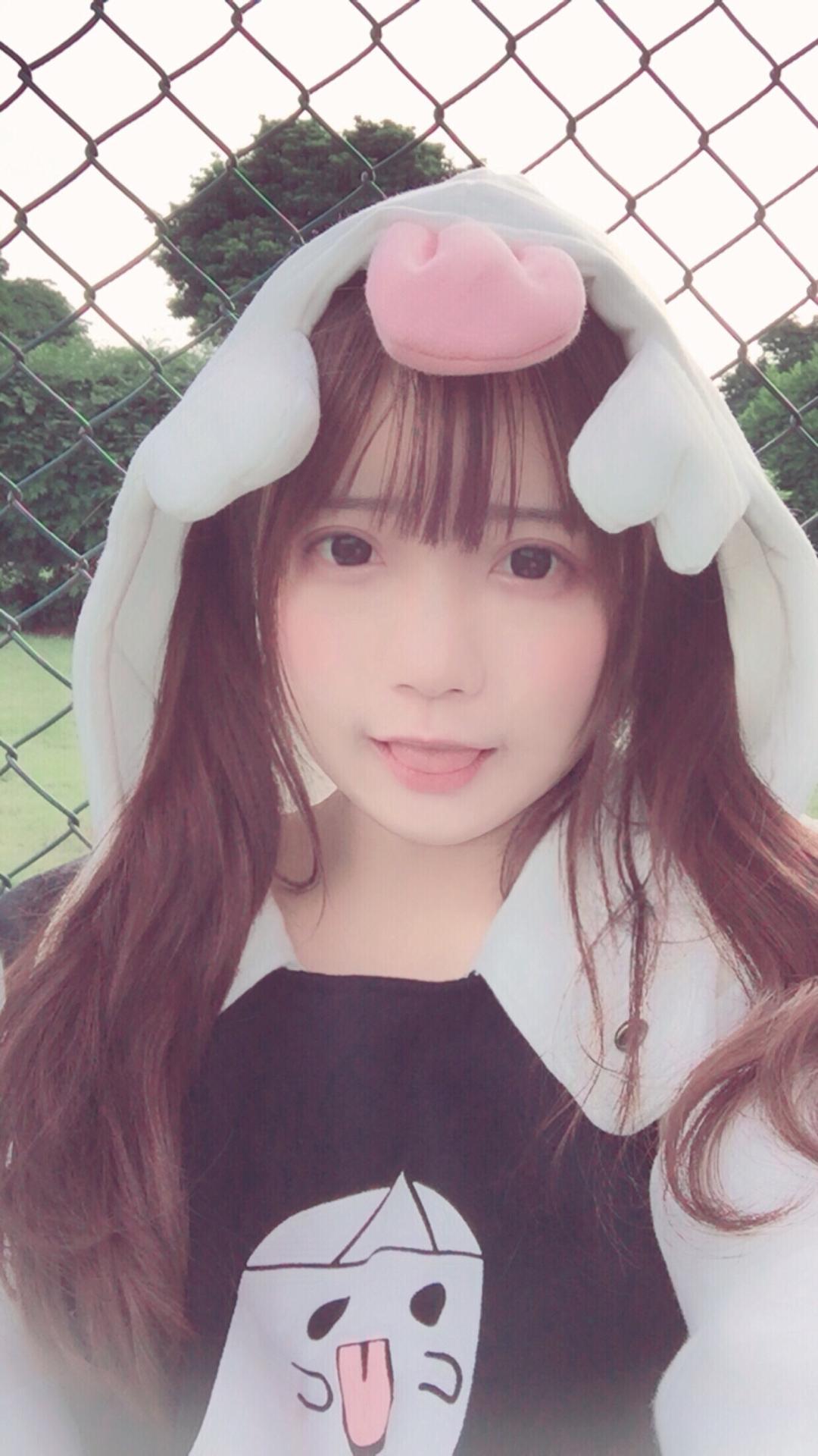 桃花_momo略略略略~吐舌头的幽灵_美女福利图片