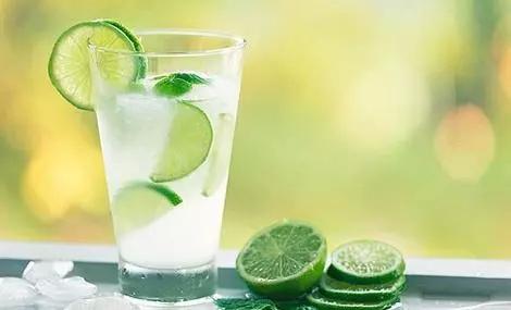喝柠檬水有什么好处?