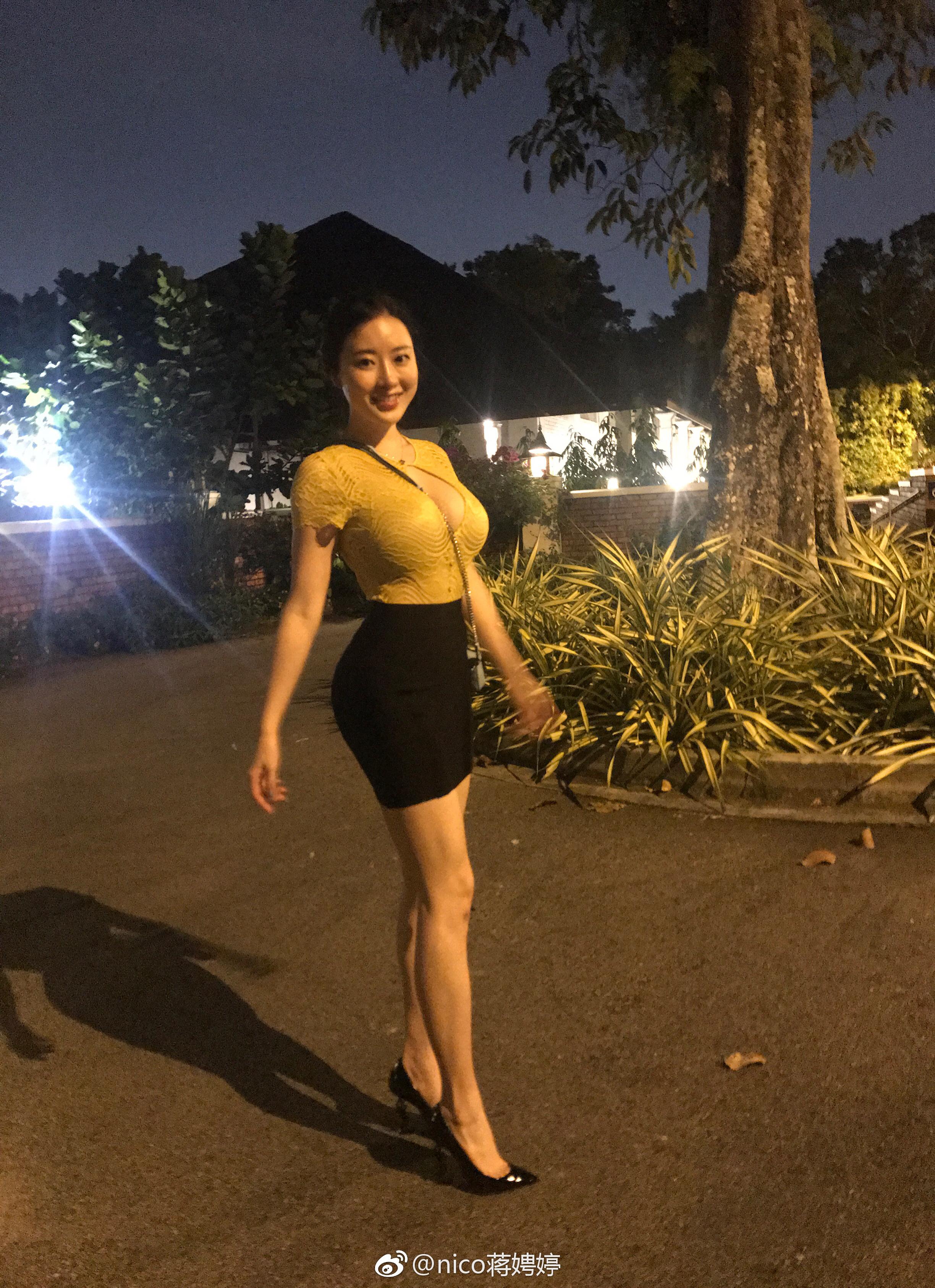 极品长发嫩模黑蕾丝情趣内衣@nico蒋娉婷 微博热搜 图13