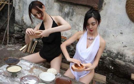 [T020]合家欢 姐妹情色乡野诱惑人体写真性感套图