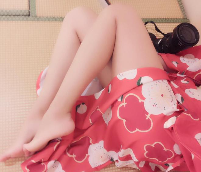 和服裸足美腿三套  Kanami酱