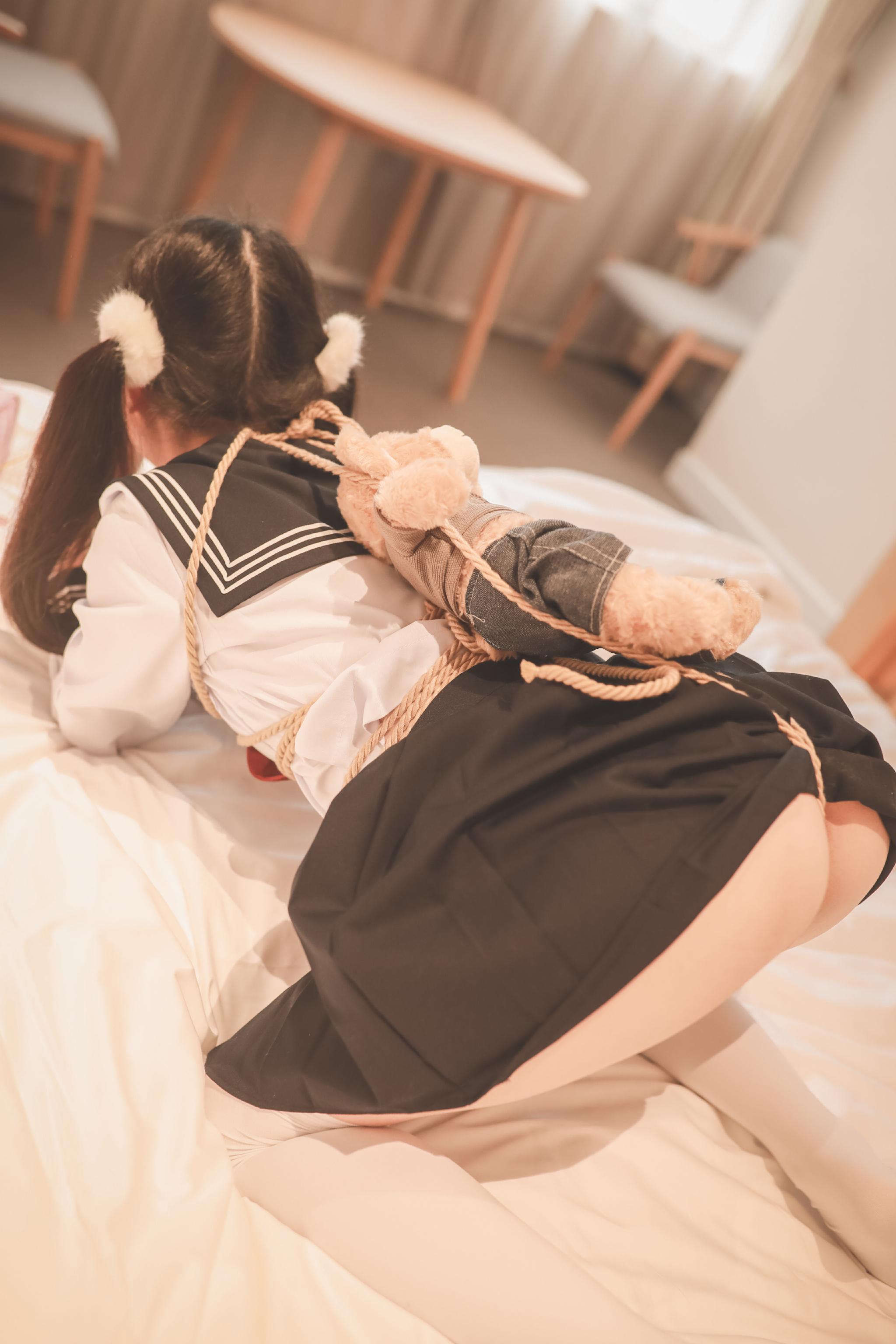 工口小妖精—制服私房 (132P)