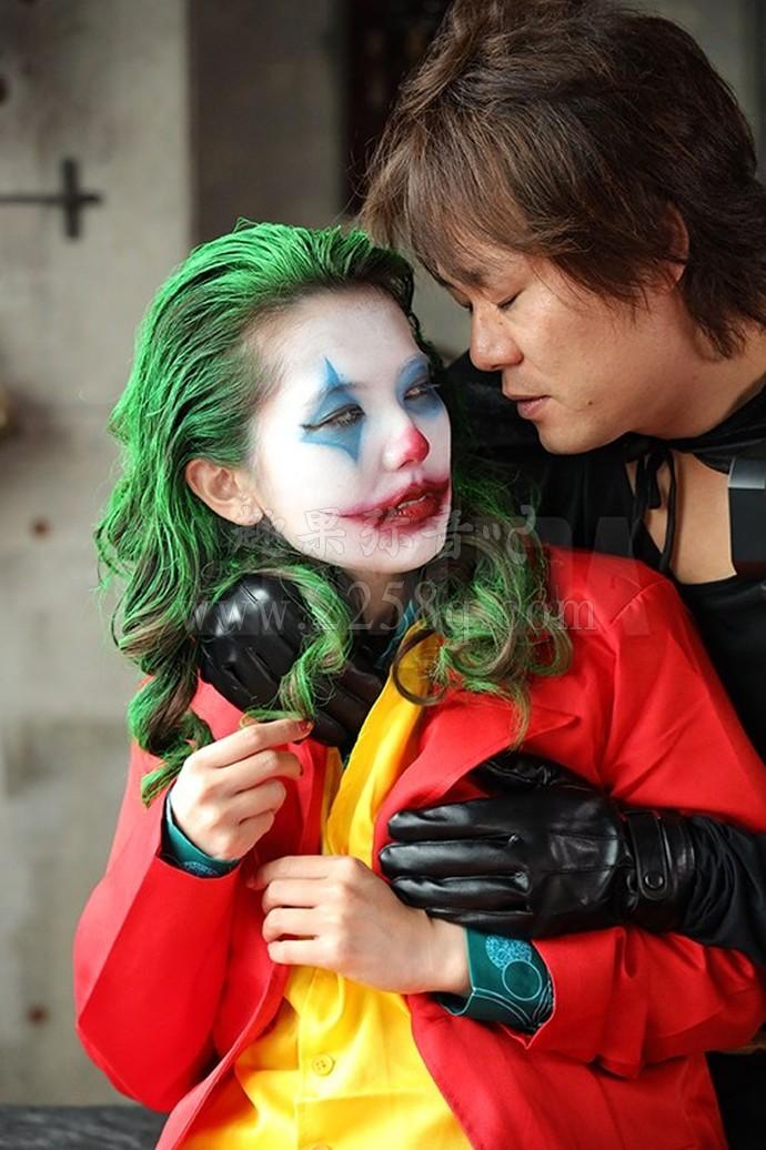 暗黑小丑女