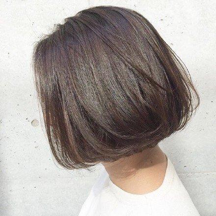 上学一直想剪短发却始终没有行动的举手