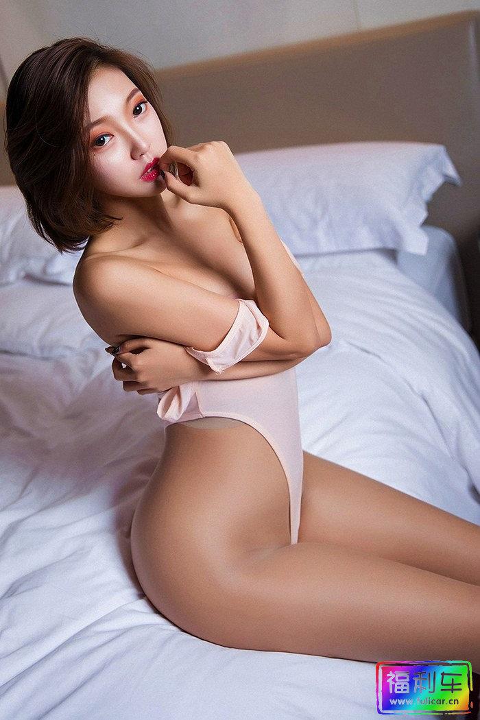 长腿妖精冯木木迷人曲线挪不开眼