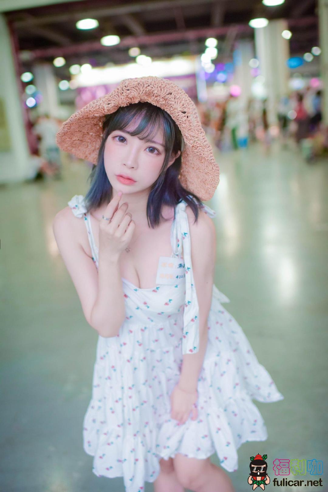 【妹子图】今日妹子–@千葉球球(Eroko Chiba)