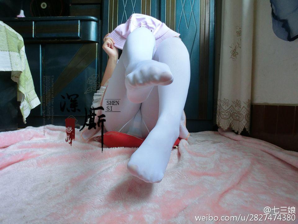 七三娘 [doge]今天的白丝!_美女福利图片