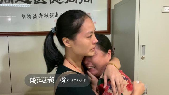 杭州51岁外卖骑手车祸身亡,最后时刻挽留了四条生命 热门事件 第8张