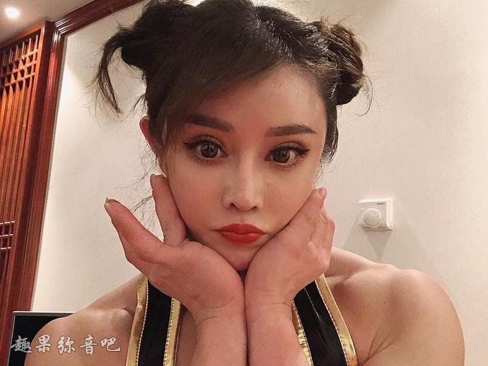 真人版春丽「袁合荣」:爱上健身的最美女医生-爱趣猫