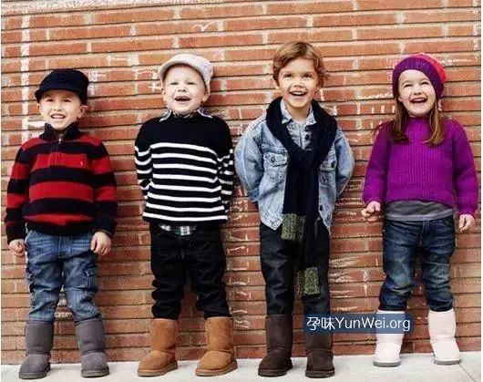 冬天给宝宝穿雪地靴,有致残风险!给宝宝选鞋有技巧
