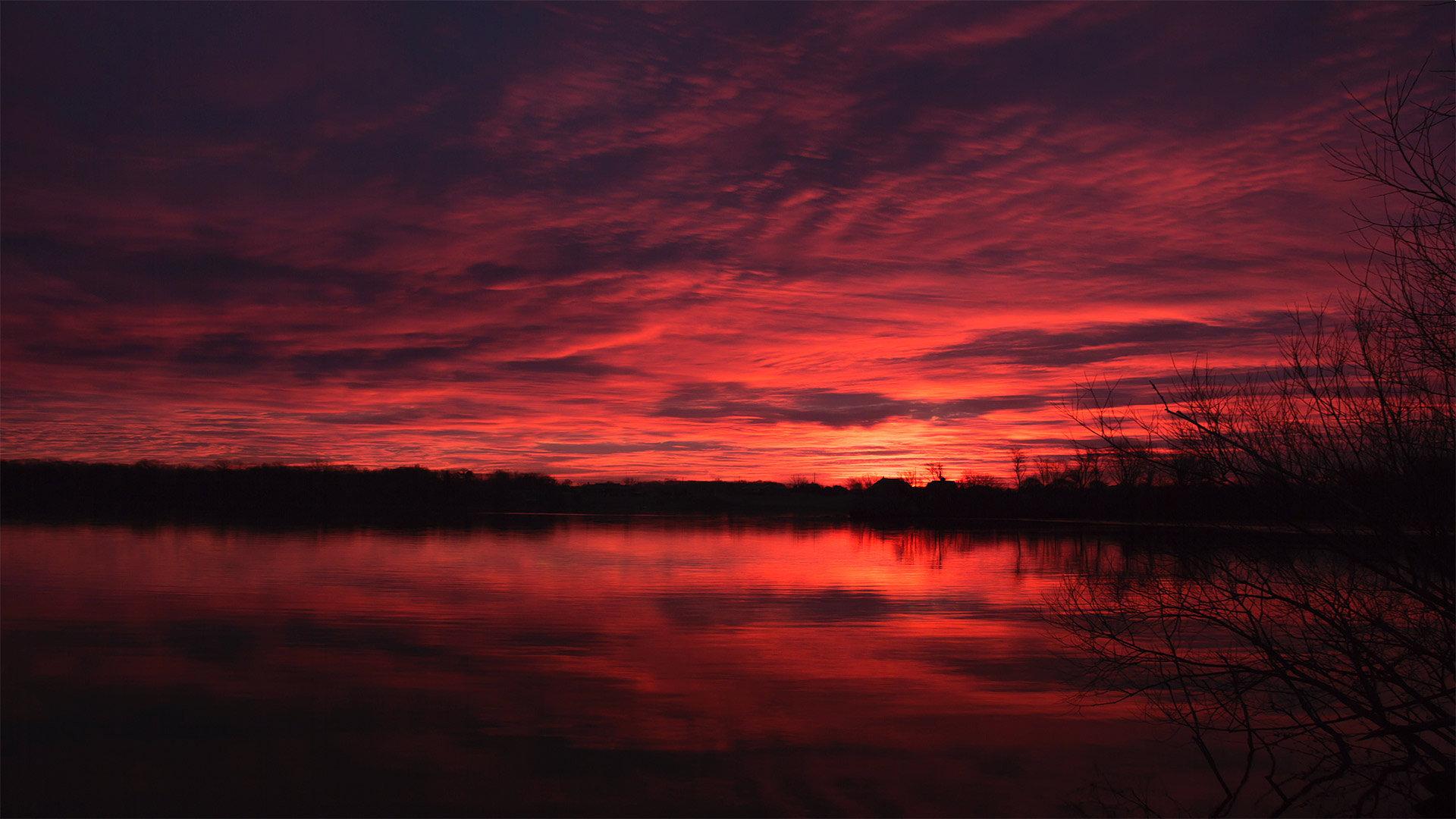 福克斯河上的黎明