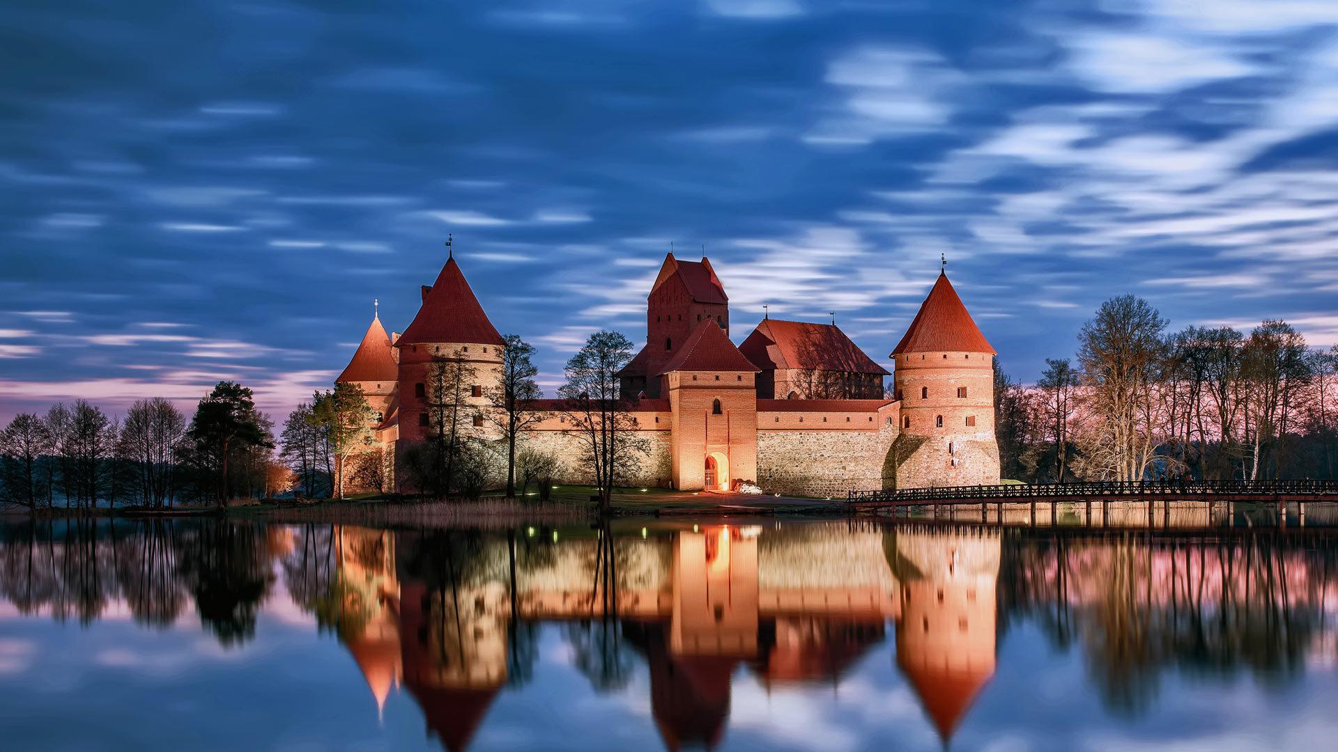 湖上的童话之城