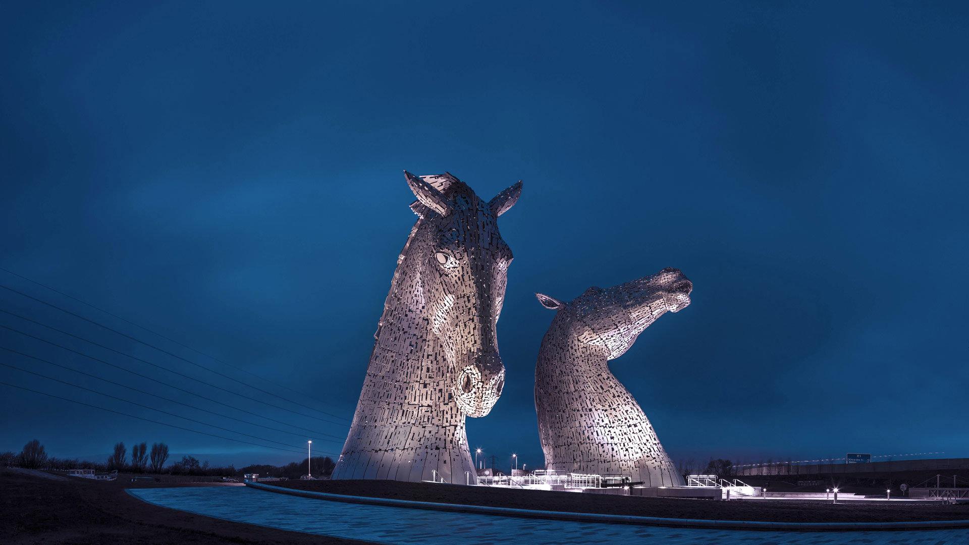 世界上最大的马形雕塑