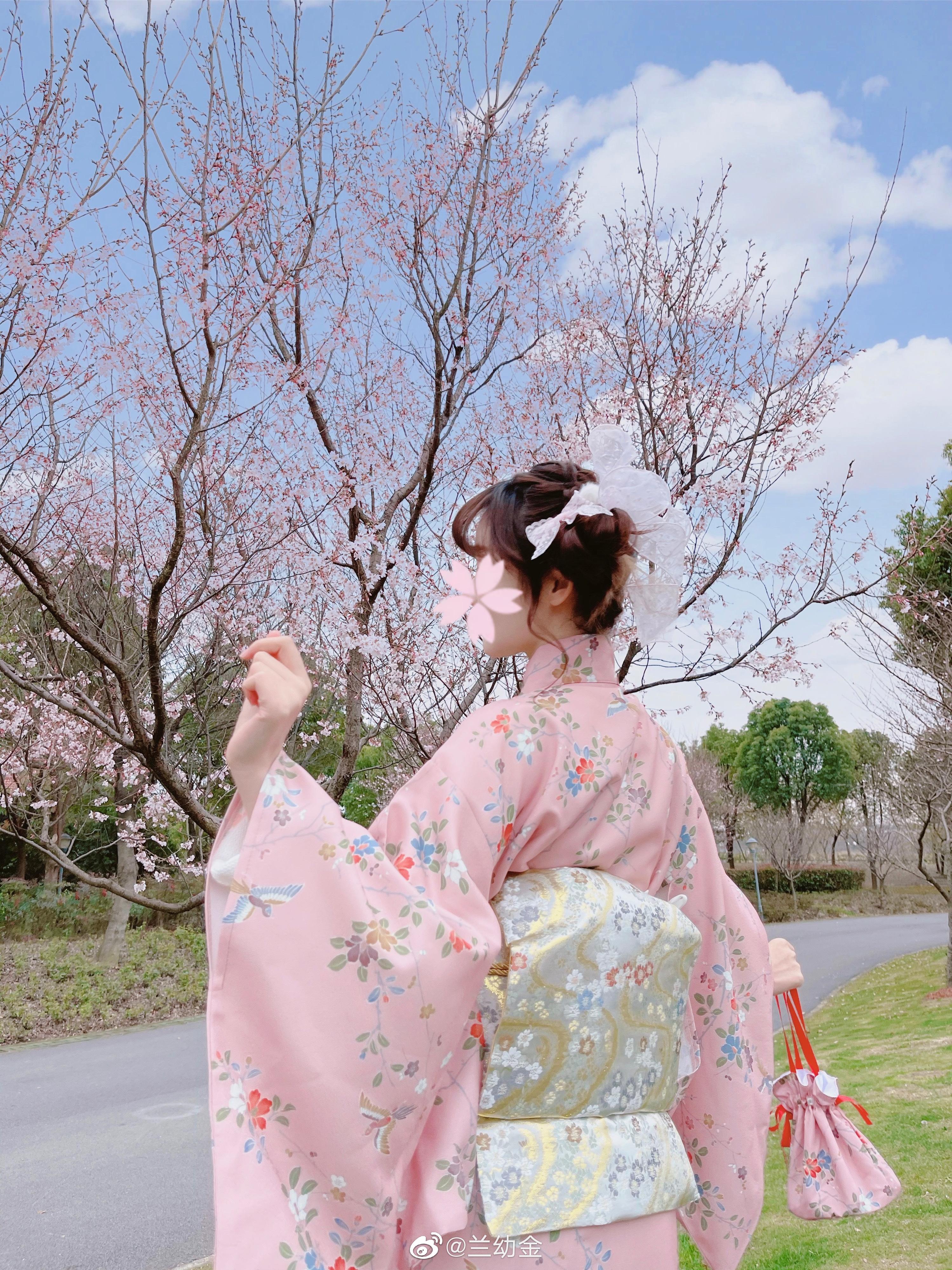 公主日记ヽ(゚∀゚)♡(゚∀゚)ノ今天去拍樱花啦...美女