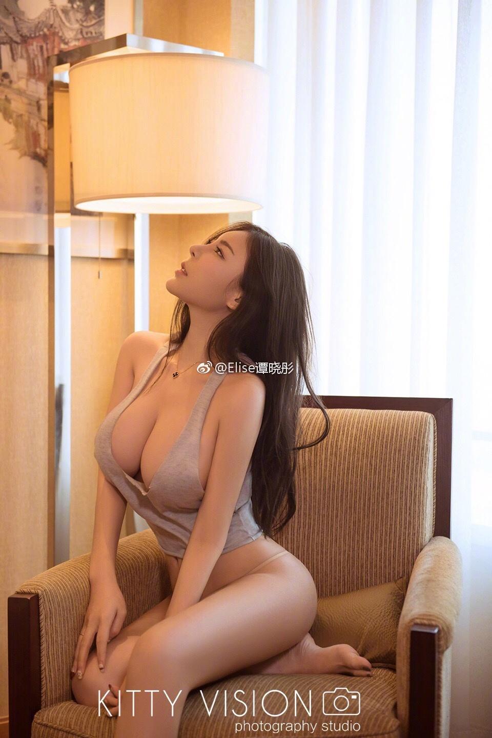 Elise谭晓彤
