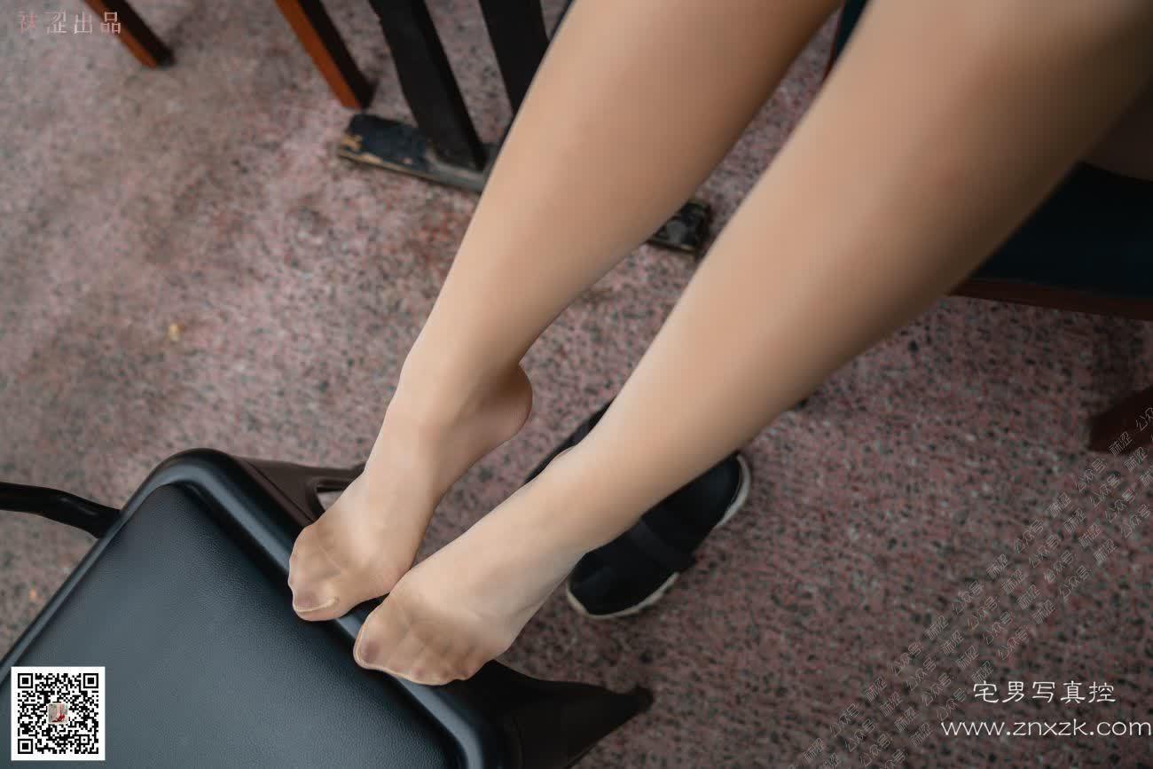 袜涩写真 安妮 油亮丝