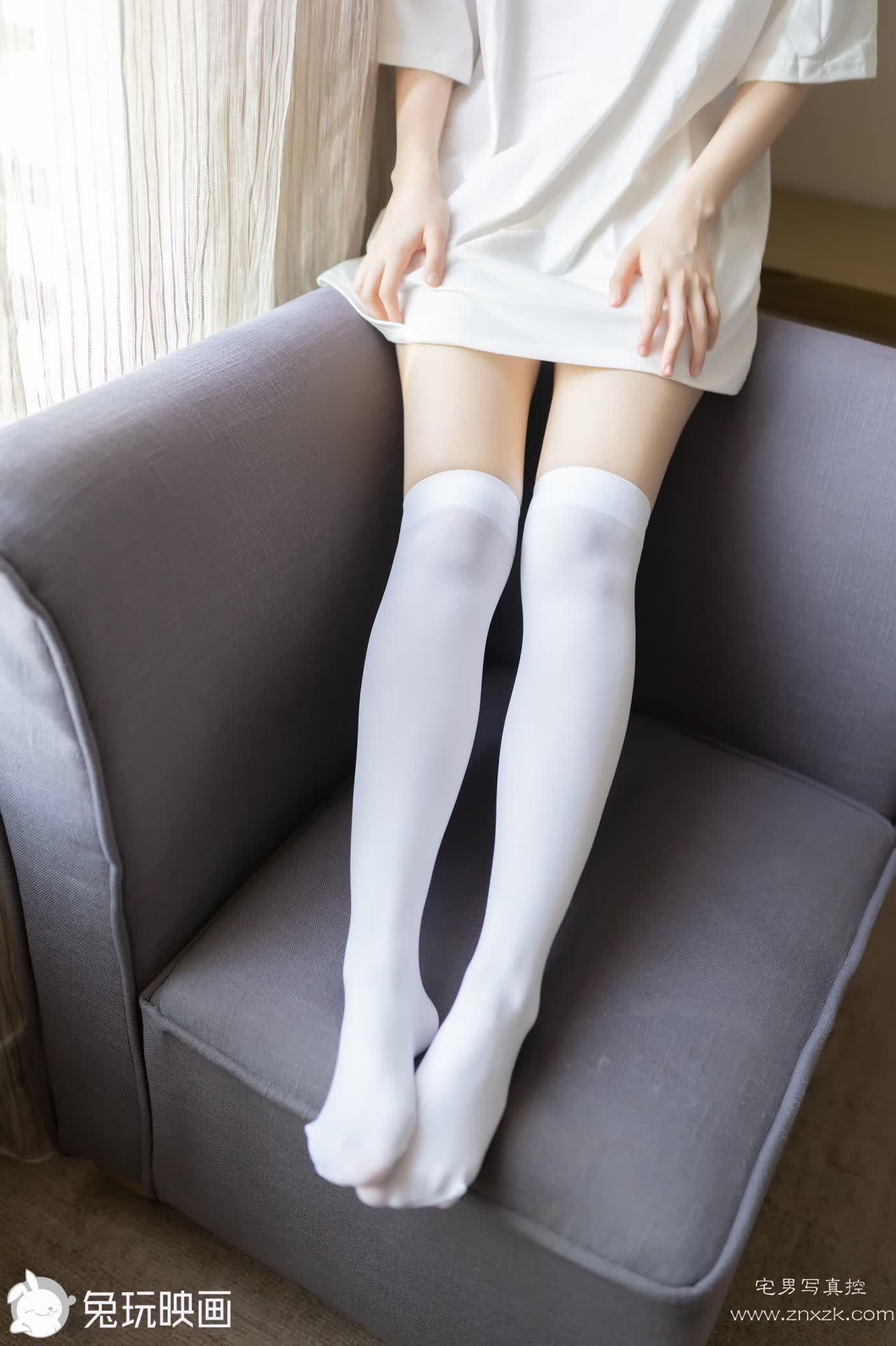 兔玩映画 白丝T恤裙