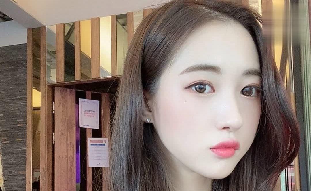 韩国美女健身教练은비(恩比)体态好就算了,脸蛋也超养眼!