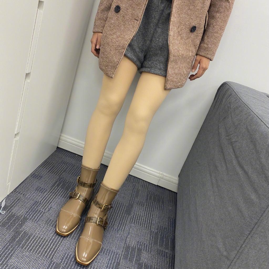 我的光腿神器被誉为假肢一般的存在,姐妹们觉得呢?有这么夸张吗! 涨姿势 第1张