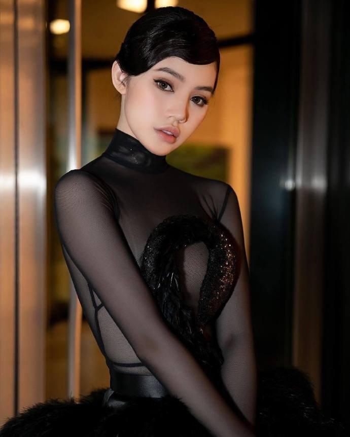越南超模Jolie Nguyen,这怎么说?