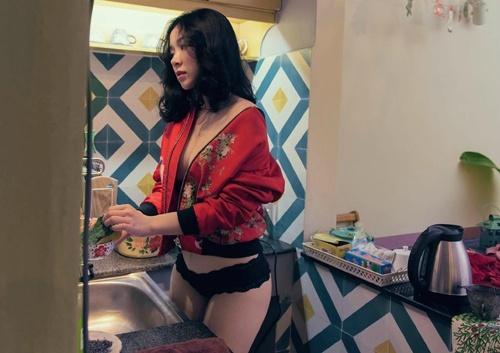 充满奶香的童颜越南妹子Ngọc Phương那饱满包包让你想要回家享用了 福利吧 第4张