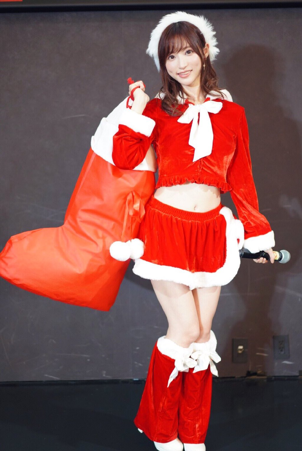 硬盘女神集体祝大家圣诞快乐 无圣光组图 图5