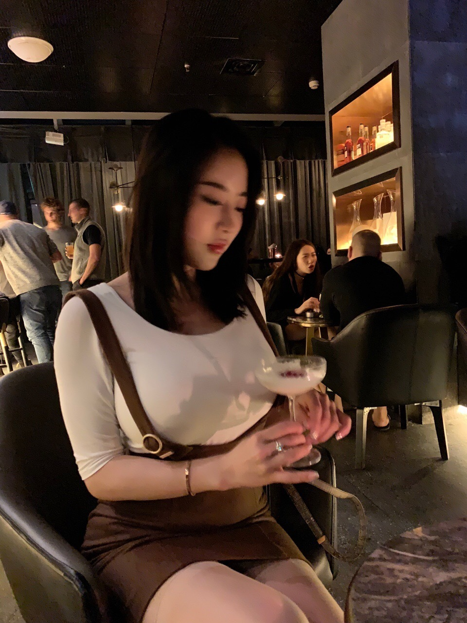 蒋娉婷:我提一杯 福利吧 第4张