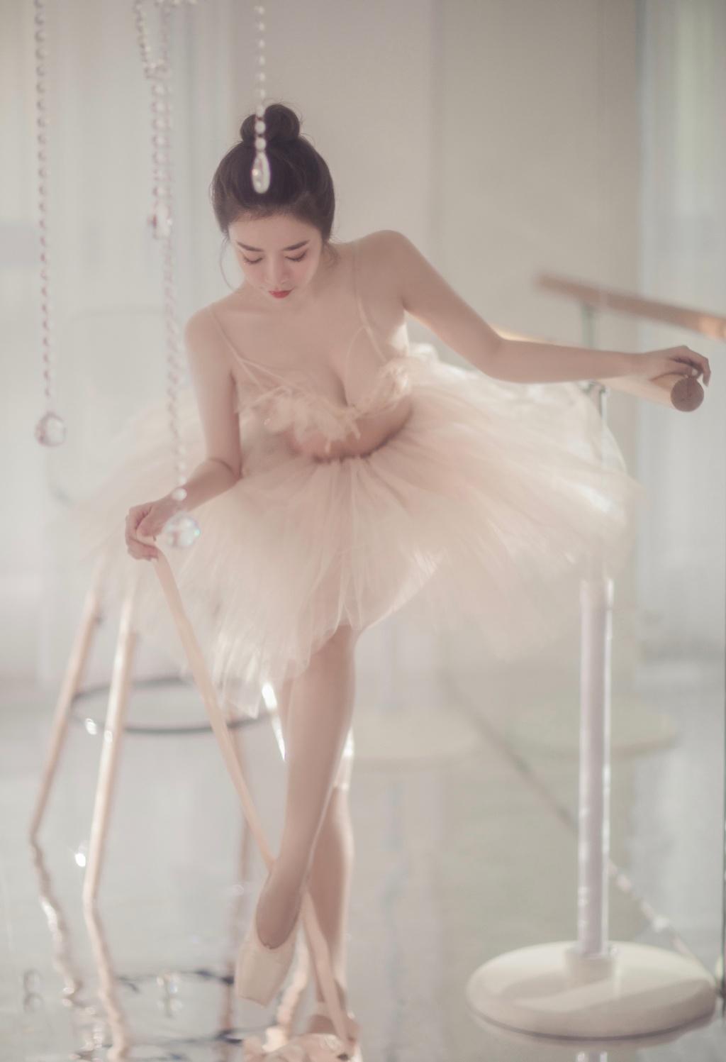 芭蕾小仙女,这就是你们越来越喜欢跳舞的女孩子的原因吗? 涨姿势 第2张