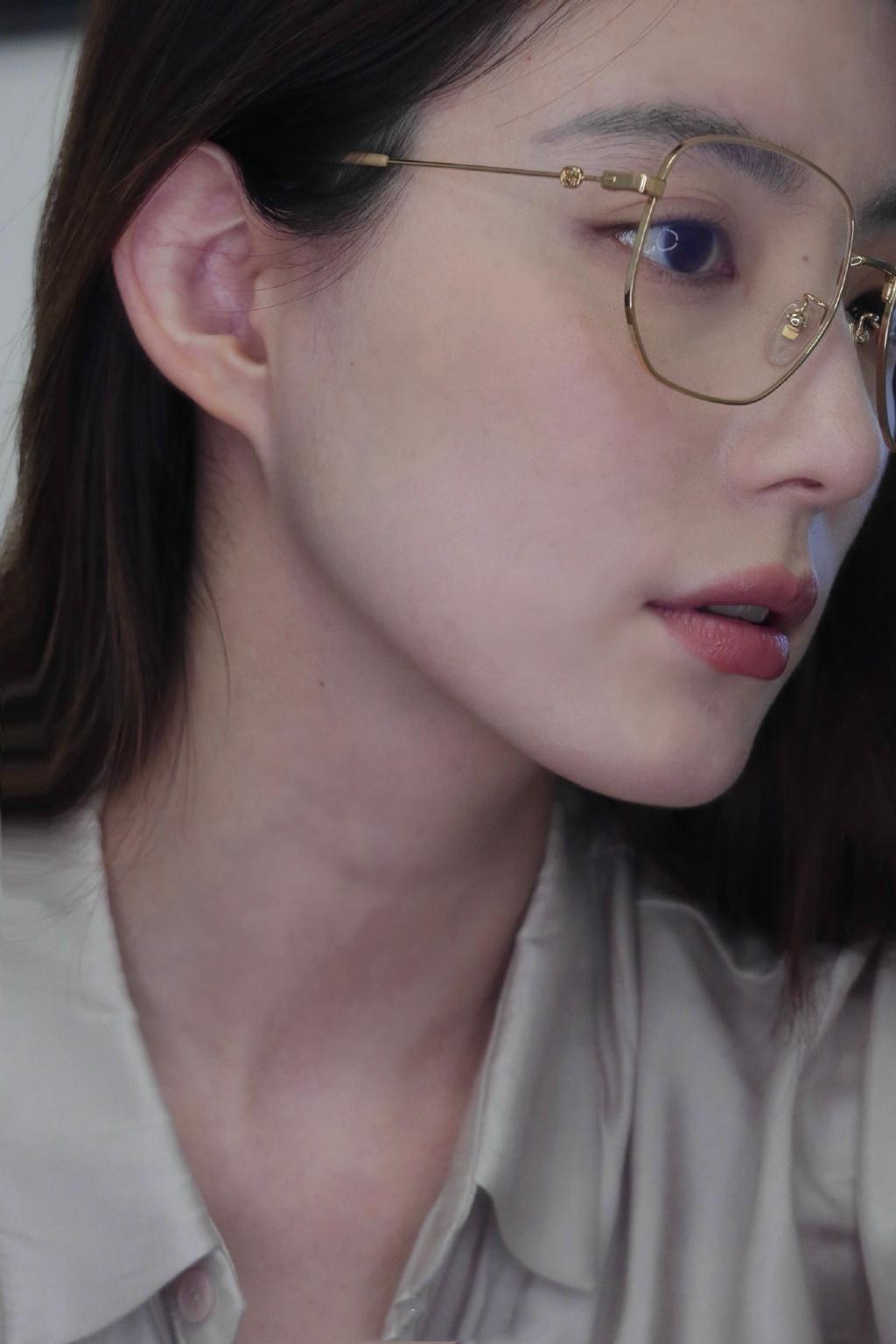 眼镜娘 让人无法抗拒的斯文美女 发现美