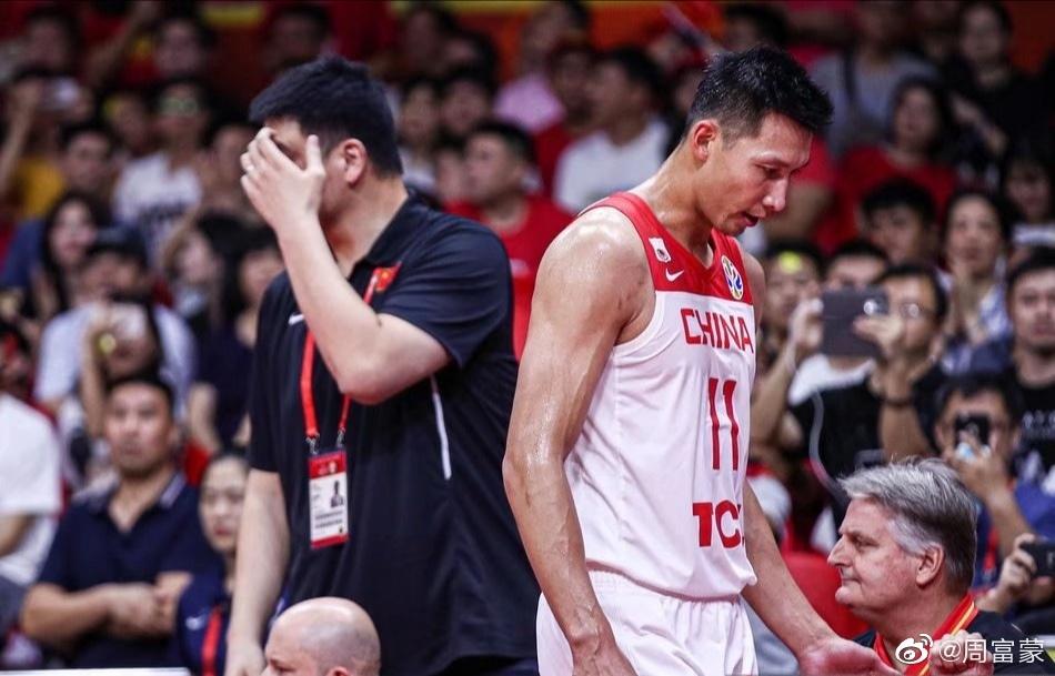 这是我第一次看篮球赛看到心态崩,眼泪在眼眶里打转。 涨姿势 第3张