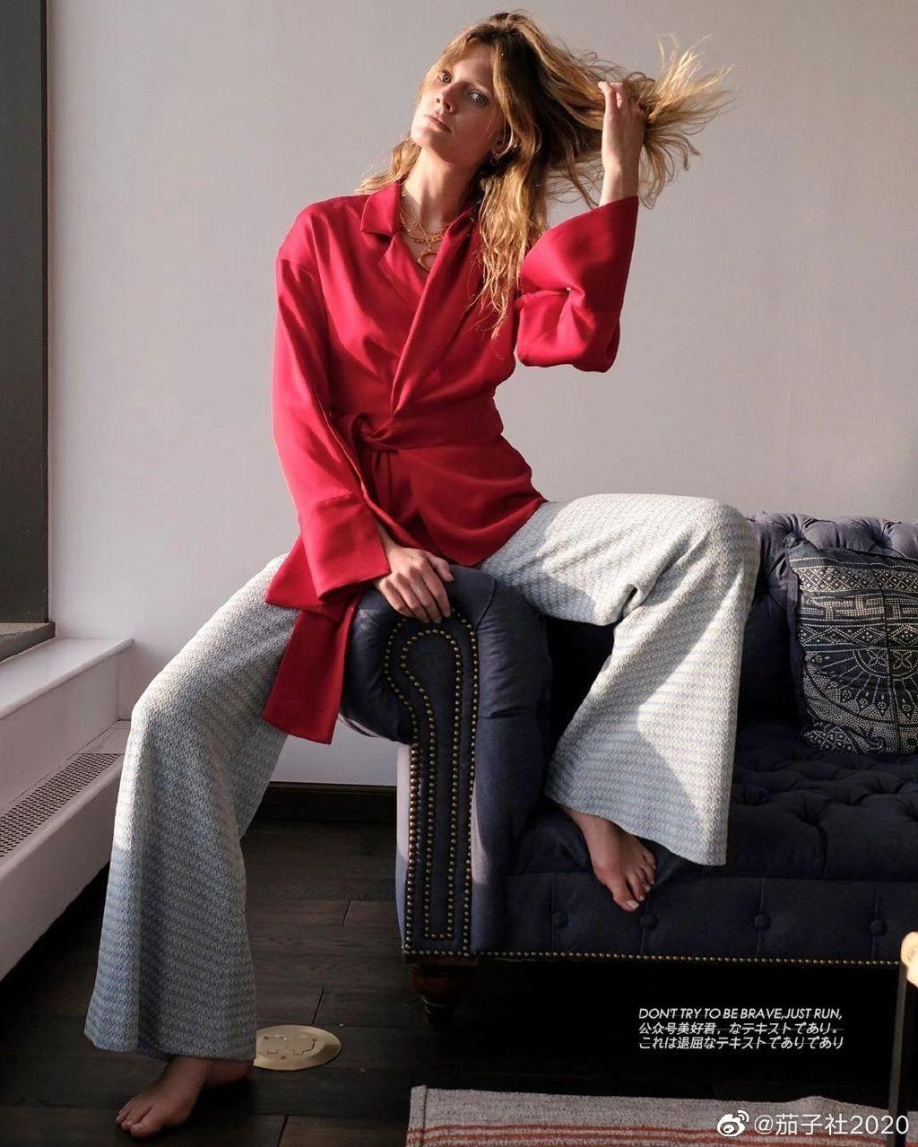 Constance Jablonski:180的大长腿来自法兰西