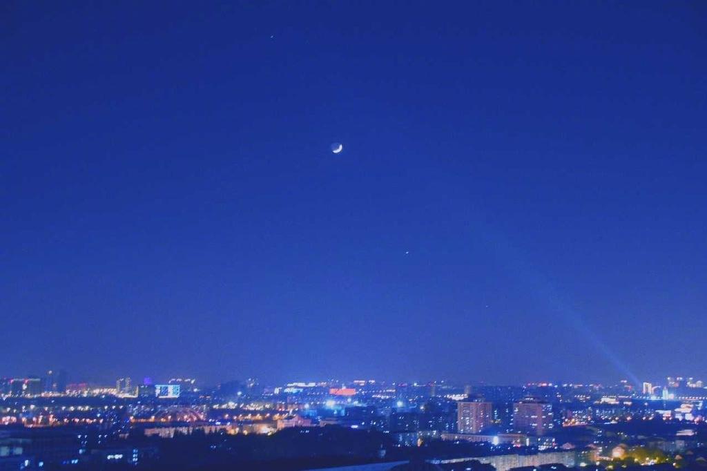 昨晚百年难现的天文奇观——四星连珠你们看到了吗? liuliushe.net六六社 第10张