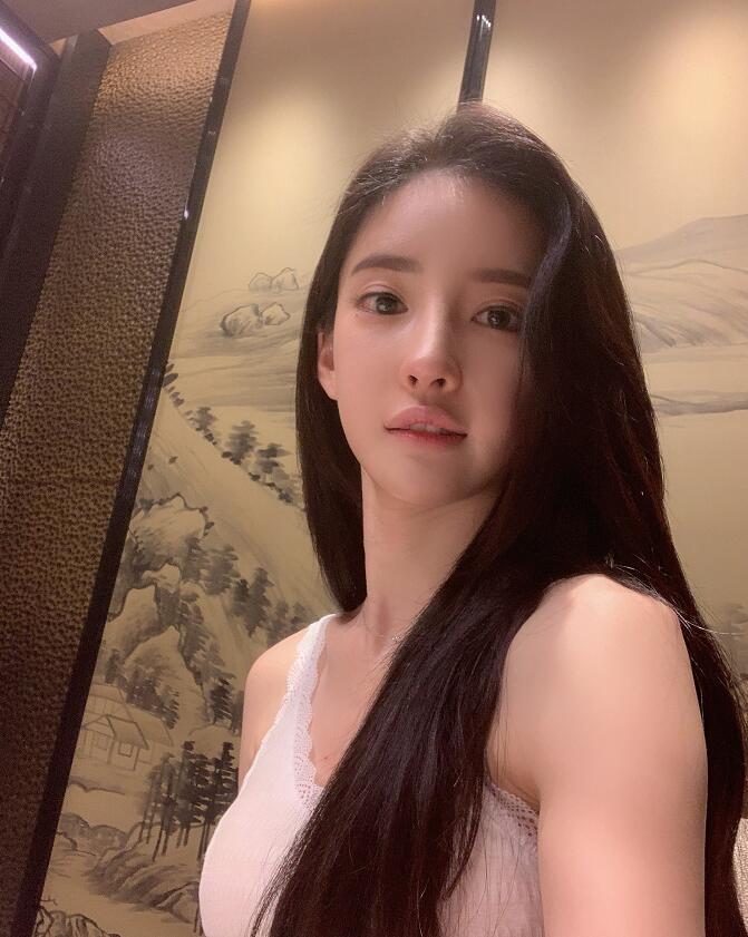 韩国模特潘南奎生活照,花10亿整成Baby,美不美? 福利吧 第1张